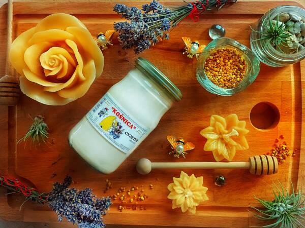 Matična mliječ u medu
